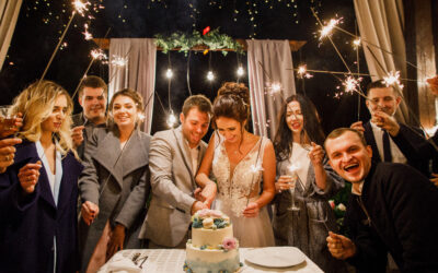 Top 10 Wedding Cake Cutting Songs For 2021: Tracks You And Your Guests Will Love